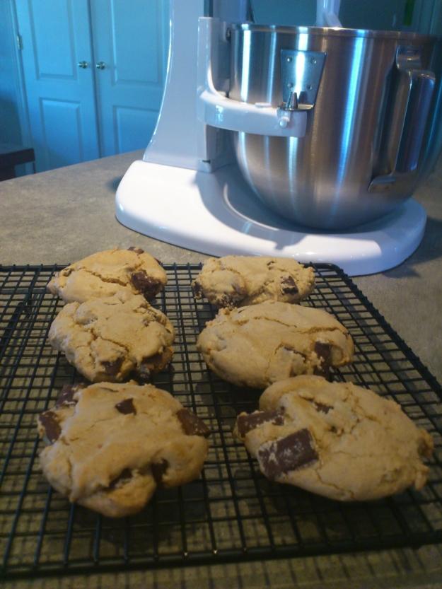 gluten-free chocolate chunk-tahini cookies